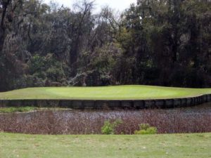 Huntington Hills Golf and Country Club