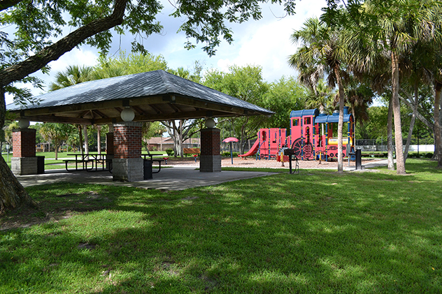 The childrens area and a picnic spot at Woodlake Park